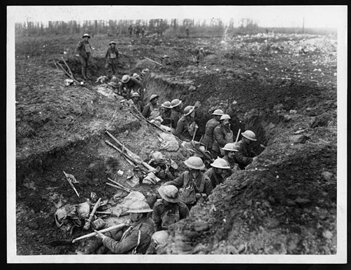 Working party in the trenches