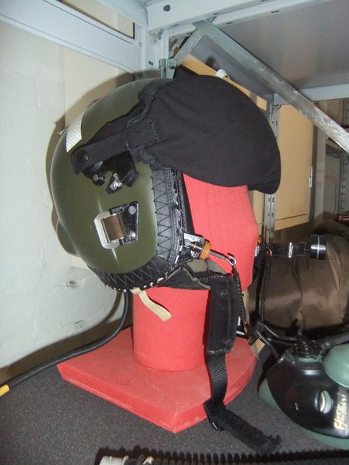Pilot's helmet
