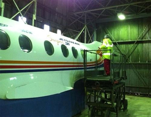 Volunteer John Thomson cleaning the Jet Stream