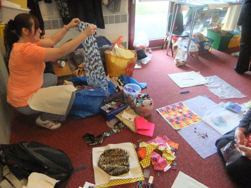 Making a magic carpet with the family learning groups