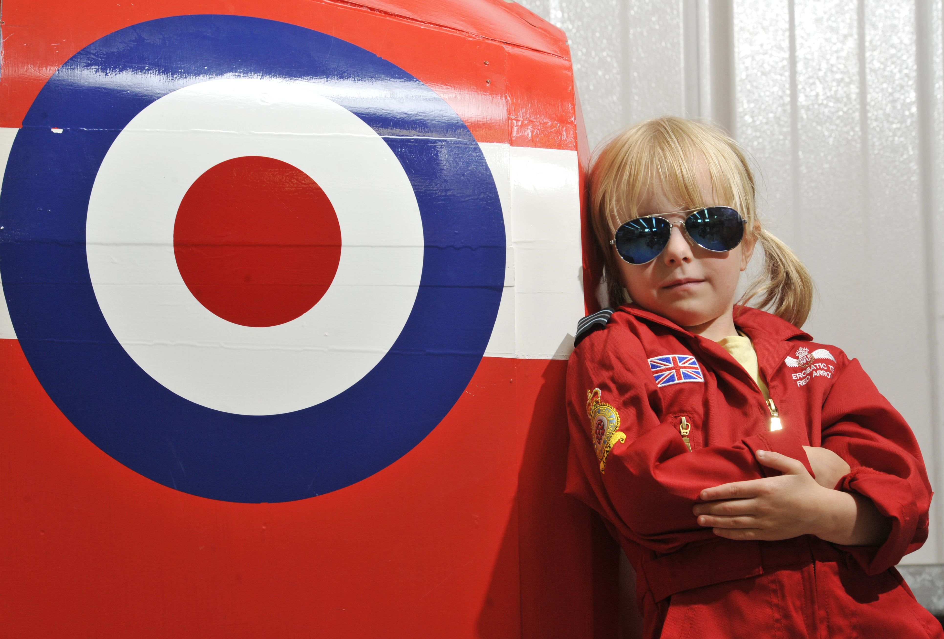 Six year old Mia looks forward to the arrival of the RAF Red Arrows at Scotland's National Airshow on Sat 26 July © Phil Wilkinson