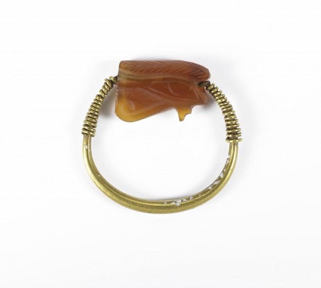 A.1883.49.8 Amarna carnelian ring