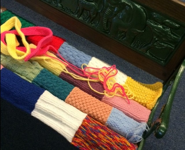 Yarnbombing at Woolly Weekend.
