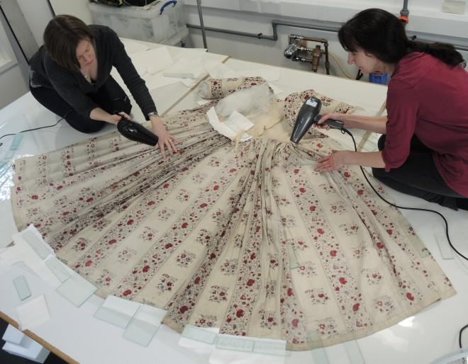 Printed dress 12