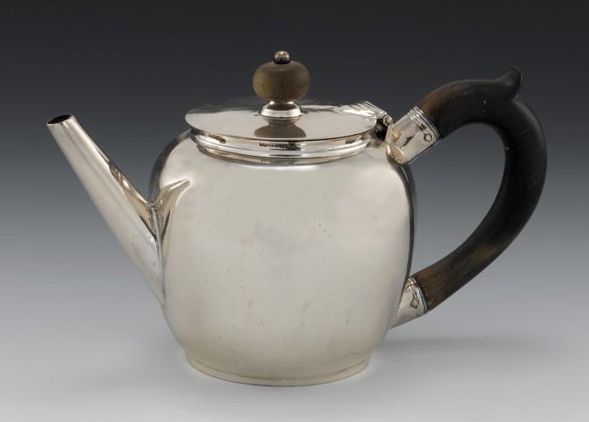 Middleton teapot, 1710s, Aberdeen