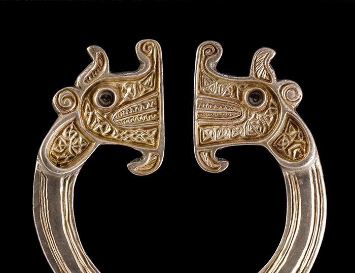 4-St-Nin-animal-brooch700