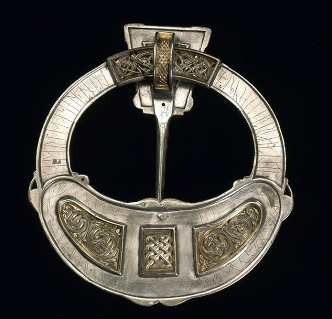 Back detail of Hunterston Brooch
