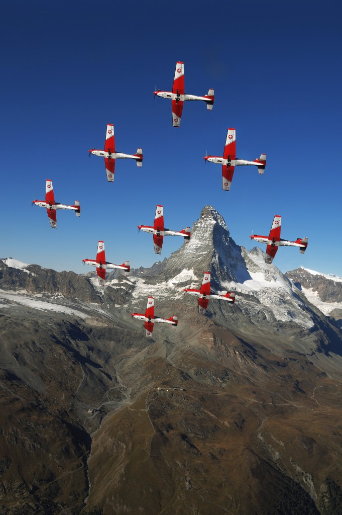 Swiss Air Force PC-7 Team in Pilatus PC-7 Turbo Trainers © Swiss Department of Defence, Public Defence and Sport DDPS