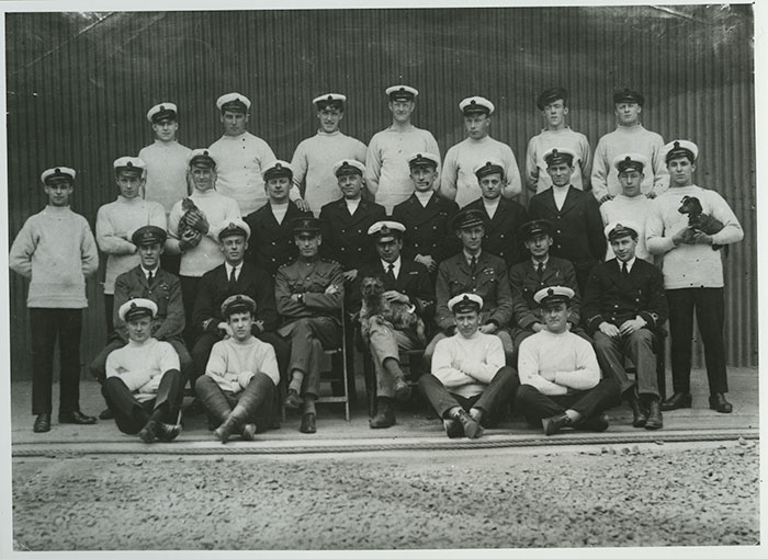 The crew of the R34 for its trans-Atlantic flight