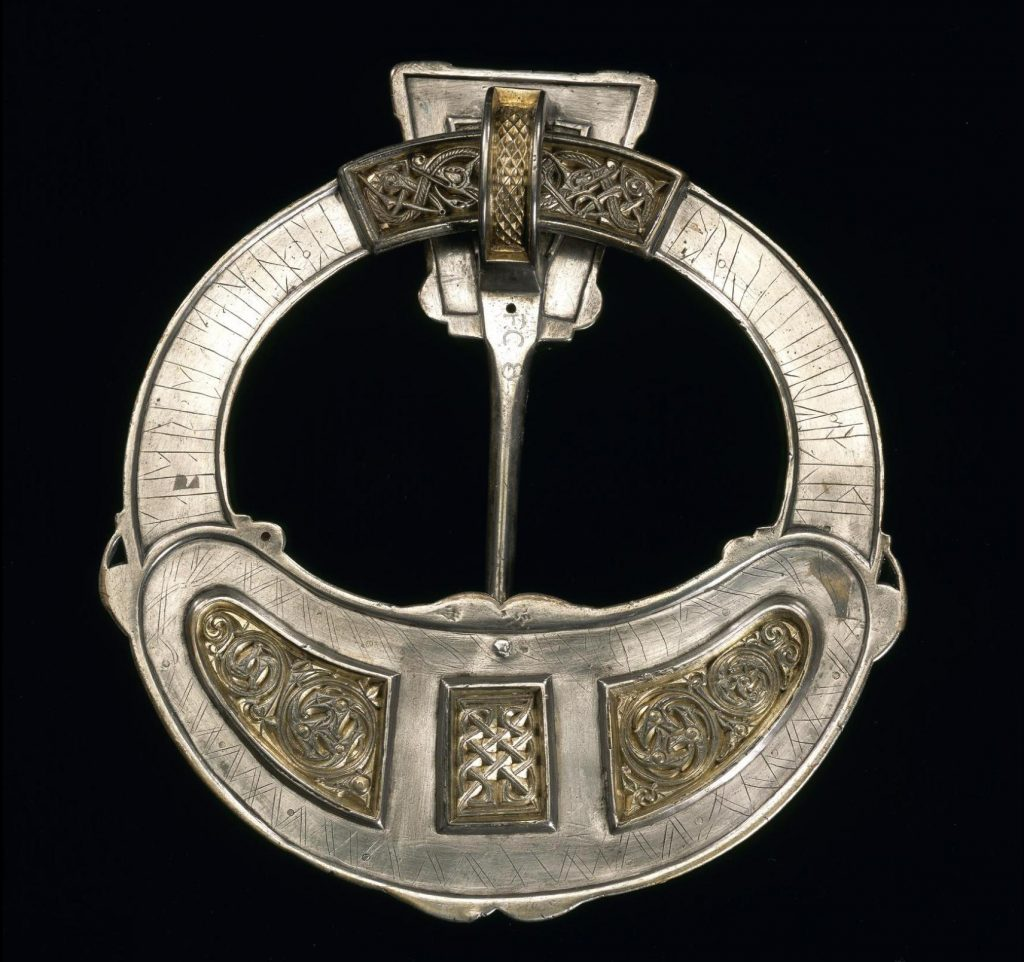 Back of Hunterston brooch.