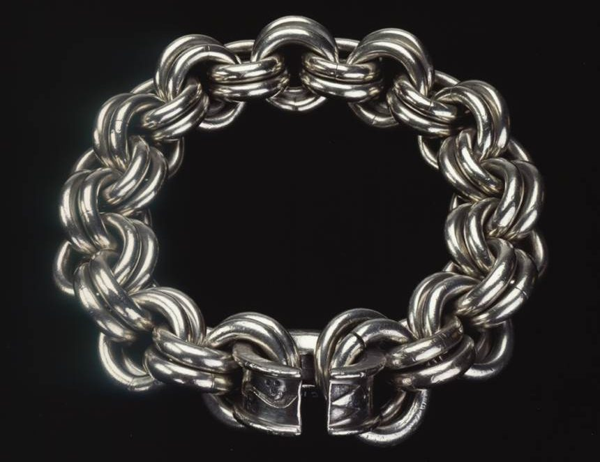 Silver chain from Parkhill, Aberdeenshire (AD 400–650)