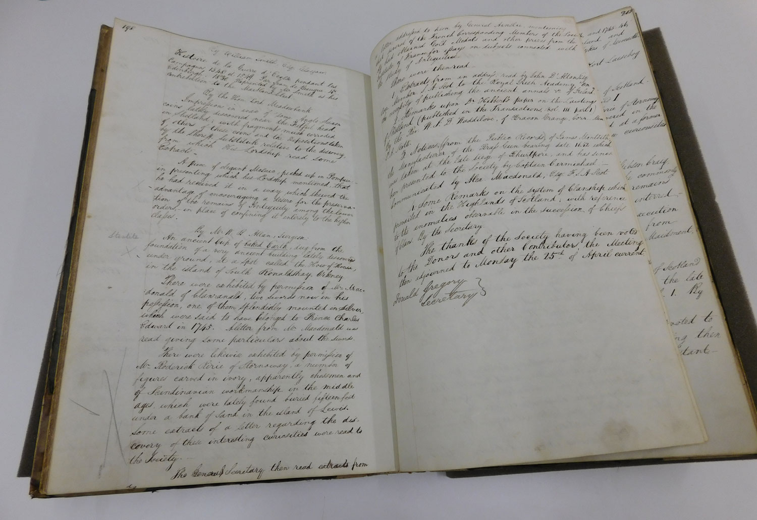 Minute Book 1827-1840 Society of Antiquaries of Scotland