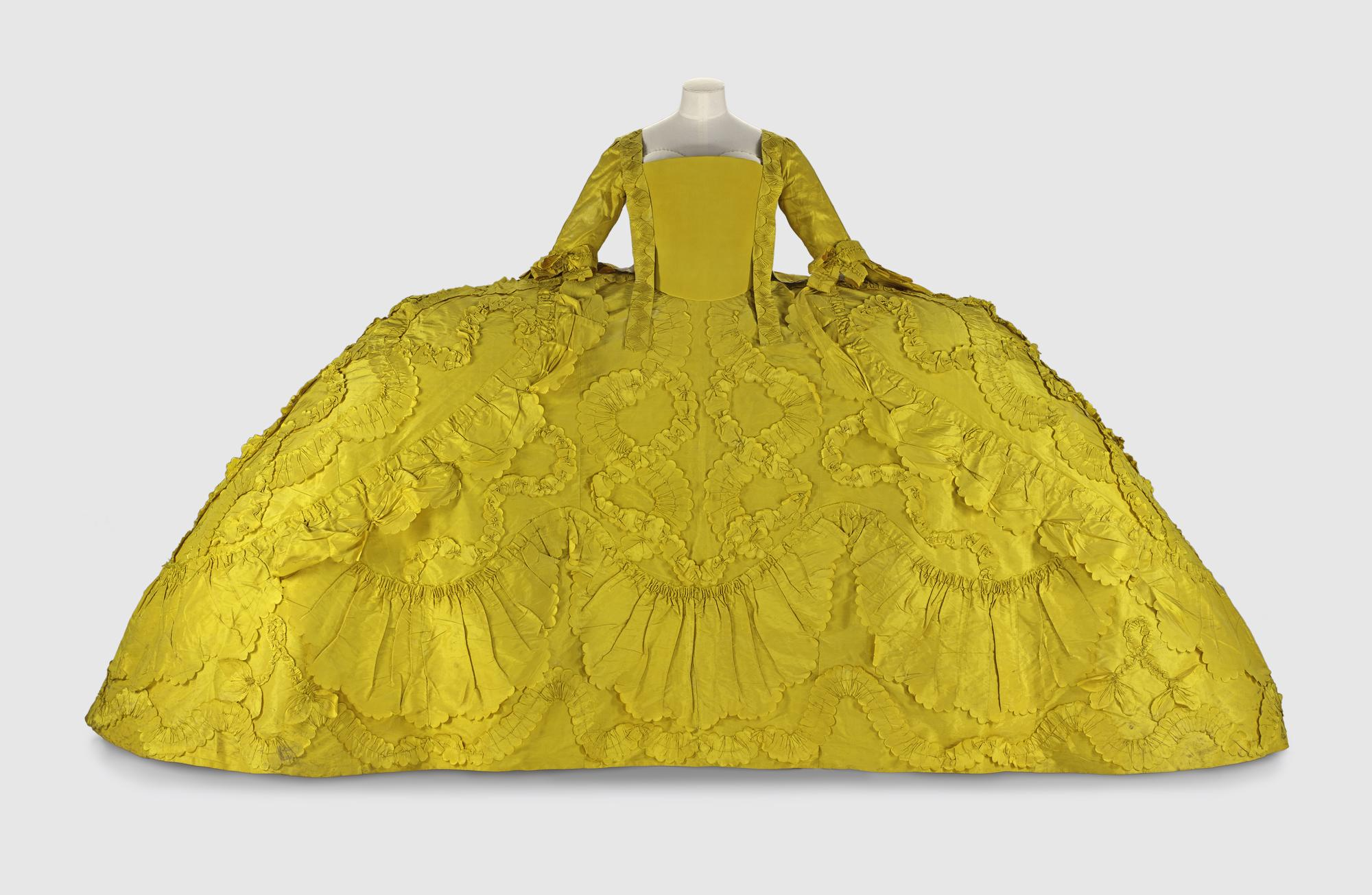 Mantua of bright yellow silk worn at a ball at Holyrood in 1760 by Helen Robertson of Ladykirk: British, c. 1760.