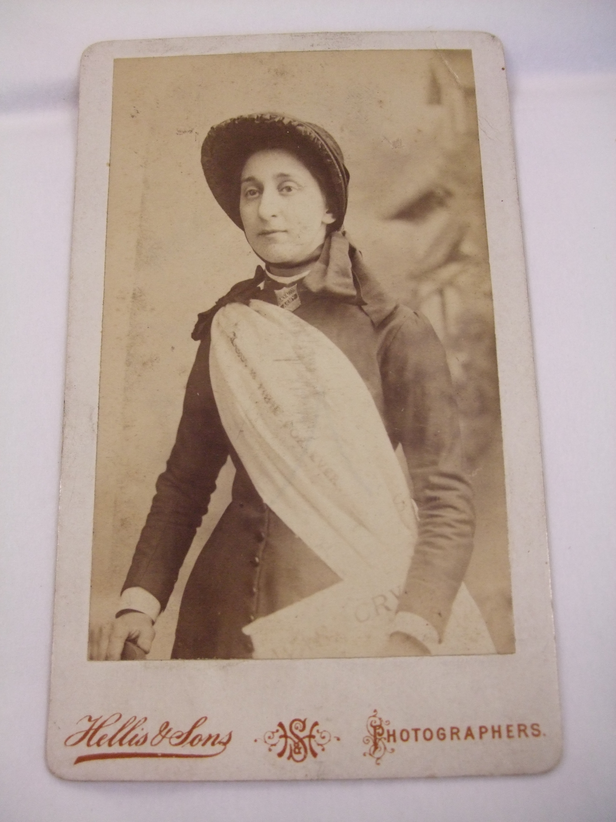 An Unknown Women Features On This Carte De Visite