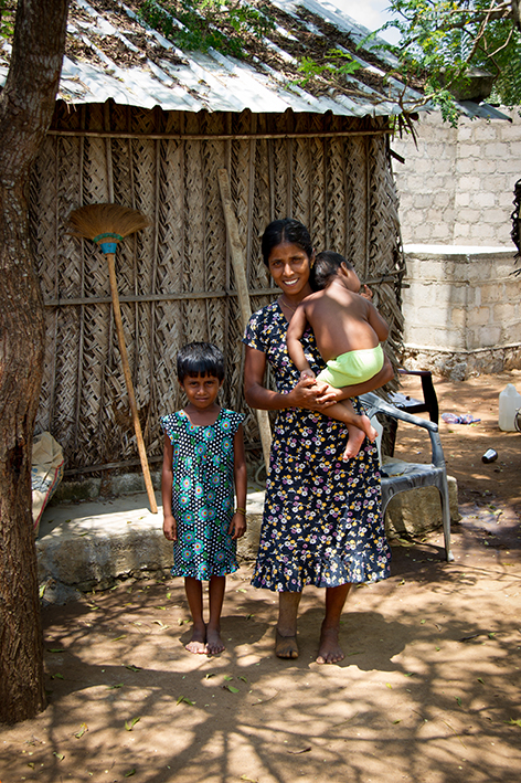 Sasikala Kalaichelvan and her family in caring for her children in post-conflict Sri Lanka © The HALO Trust.