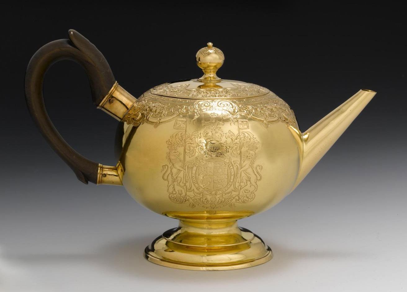Gold teapot, King's Prize for horse racing, Leith races, 1738, by James Ker, Edinburgh