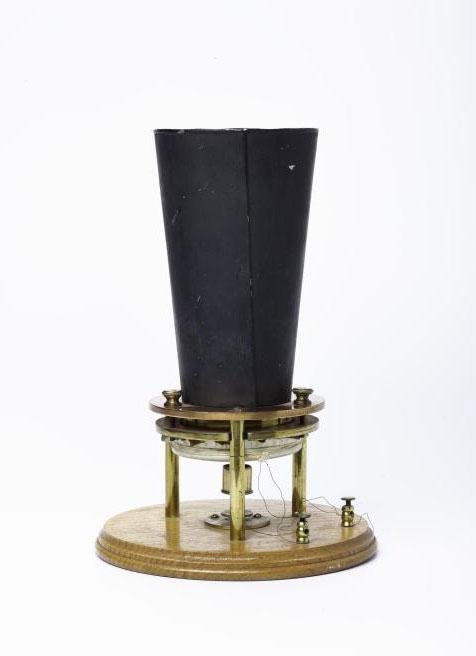 Bell's 'liquid transmitter'.