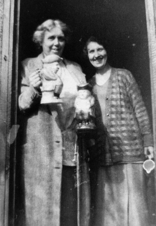 Catherine Blair (left) © Scottish Women's Rural Institute, Longniddry Branch. Licensor www.scran.ac.uk