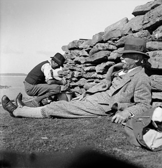 Alexander Curle relaxing on fieldwork later in his career, at Ness of Burgi in Shetland. (Courtesy of the Curtis family).