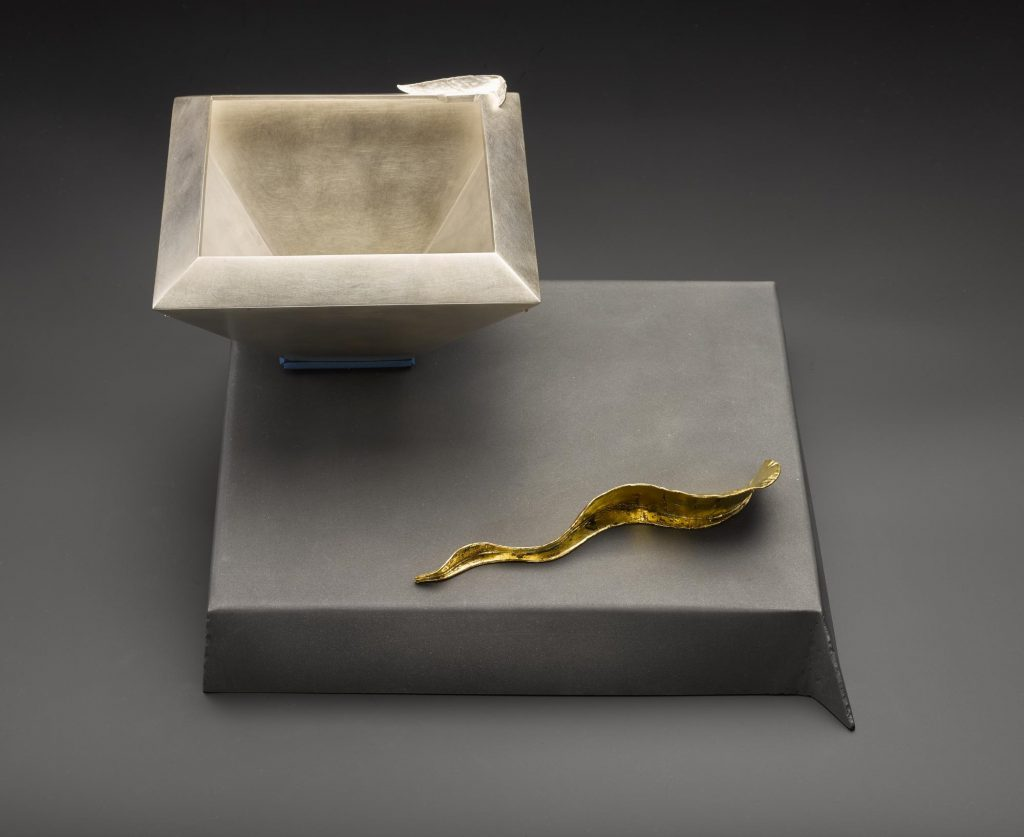'Das Wie und Das Was', The Why and the How, steel plinth with gilt decoration with detachable silver bowl: England, London, by Simone ten Hompel,1995 (A.1995.604) Photo© National Museums Scotland