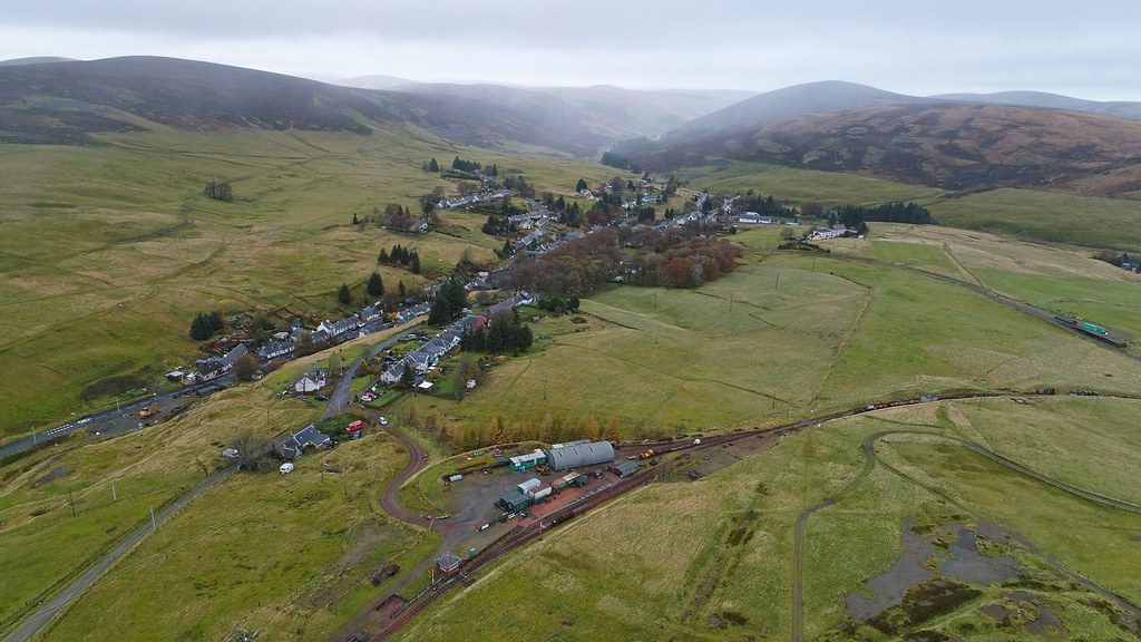 Leadhills looking eastward. In the foreground we can see part of the Leadhills Railway.