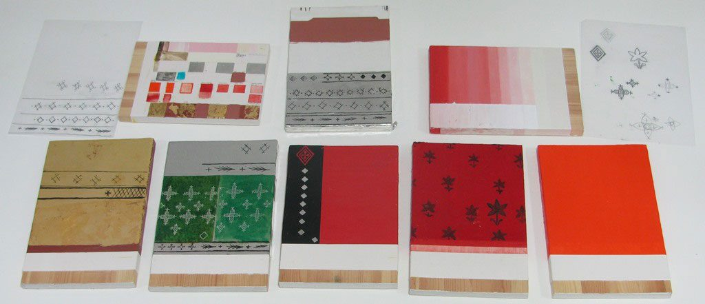 Sample boards painted out with seven coats of white gesso (calcium sulphate mixed with animal glue) followed by varying pigments and metallic foils – gold and tin.